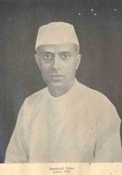 During the Calcutta session, Gandhi moved a resolution accepting the Motilal Nehru report's recommendation of Dominion Status within two years. However, Jawaharlal Nehru moved an amendment reiterating the Congress's commitment to independence. To arrive at a middle ground, the Congress gave the British a warning that a civil disobedience movement would start if India was not granted dominion status by December 31, 1929.