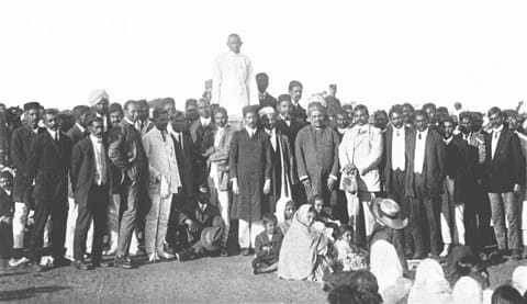 Addressing a farewell meeting at Durban, July 1914