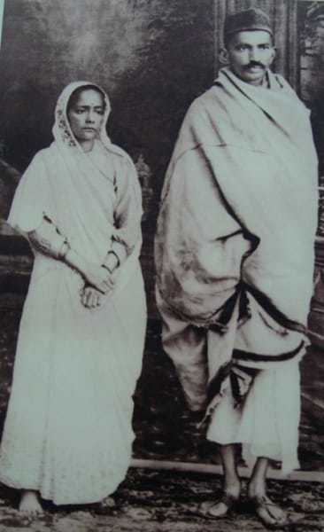 Kasturba and Mahatma Gandhi shortly after their return to India, 1915.