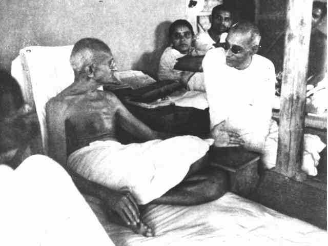 Discussion with Rajagopalachari, Sevagram. June 1940.