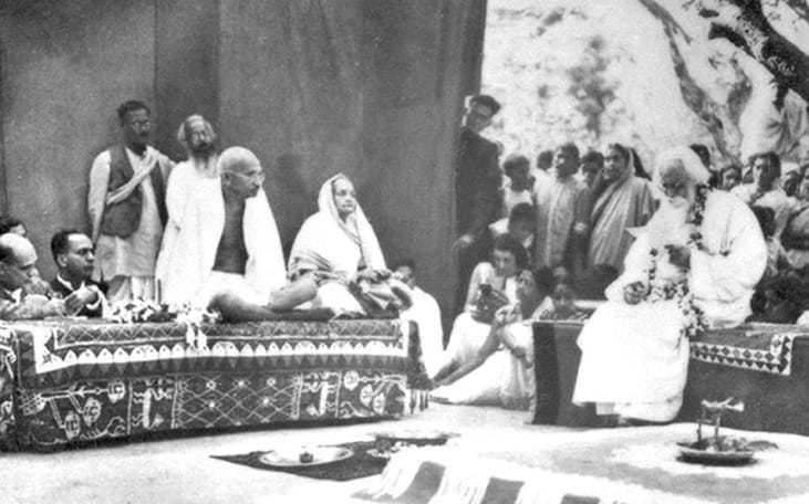 Poet Rabindranath Tagore delivering an address of welcome to Mahatma Gandhi and his wife Kasturba, February, 1940.