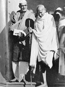 Gandhi on the way to the Viceregal Lodge, Delhi. April 1939.
