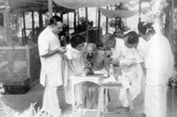 Jehangir Patel's hut in Juhu, Bombay. May 1944.