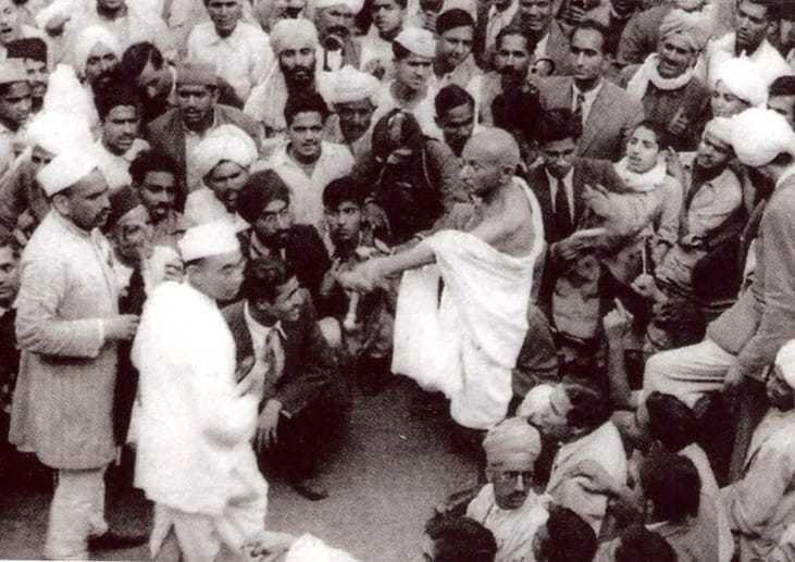 Mahatma Gandhi on the way to see the Viceroy, Simla. June 24, 1945.