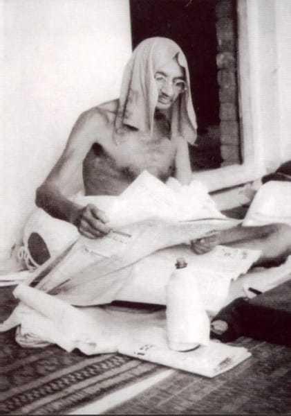 Mahatma Gandhi during his tour to Bihar, March 1934.