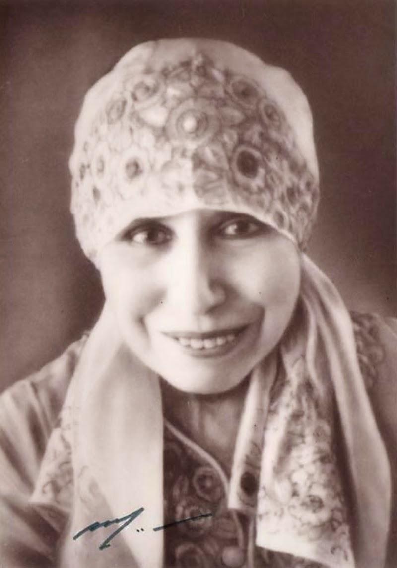 Mirra alfassa, the Mother